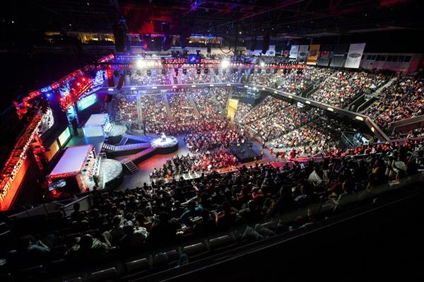 The Performance Series: Practice & Work Ethic in Professional eSports