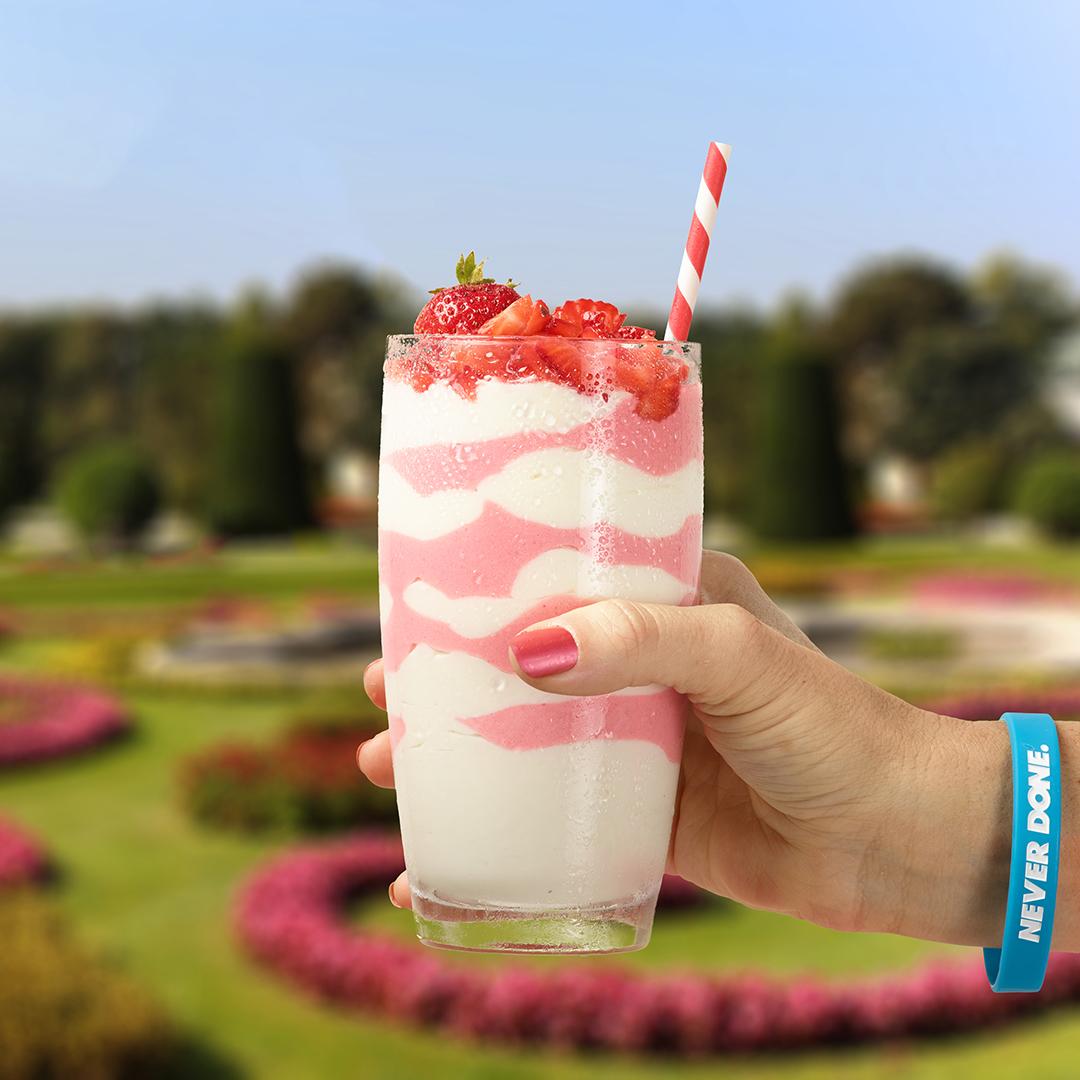 Quest Nutrition Strawberry Vanilla Swirl Shake