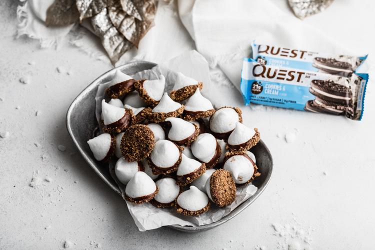 Cookies-Cream-Meringue-Kisses-Web_0001