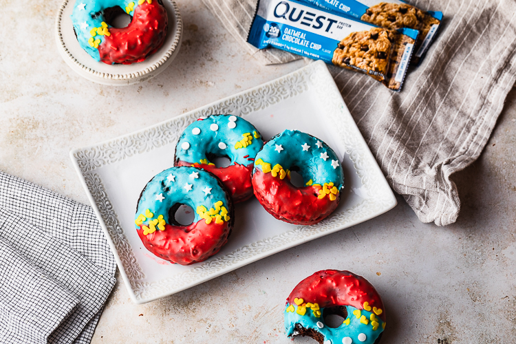 These Wonder Woman Donuts Are Ready for You to Lasso Them Into Your Belly