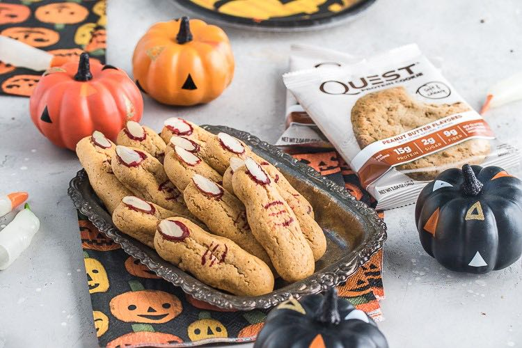 These Halloween Peanut Butter Witch Fingers are Finger-Licking Good.